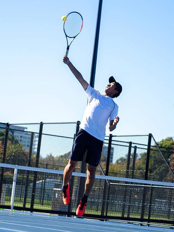 スポーツスカラシップ(返済不要奨学金)で実現するアメリカへの大学テニス留学